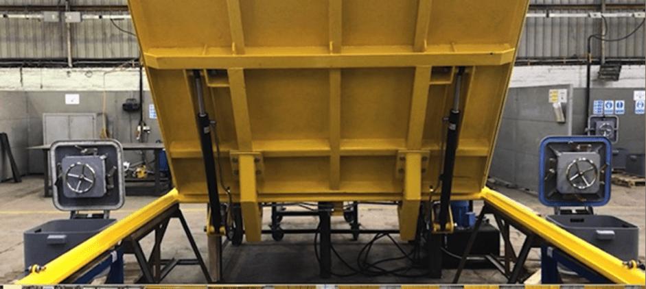 Hydraulic Deck Hatch